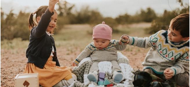 fun-desert-family-session-tucson-arizona-destination-wedding-photographer